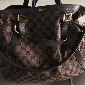 Gucci Abbey Convertible Tote Bag